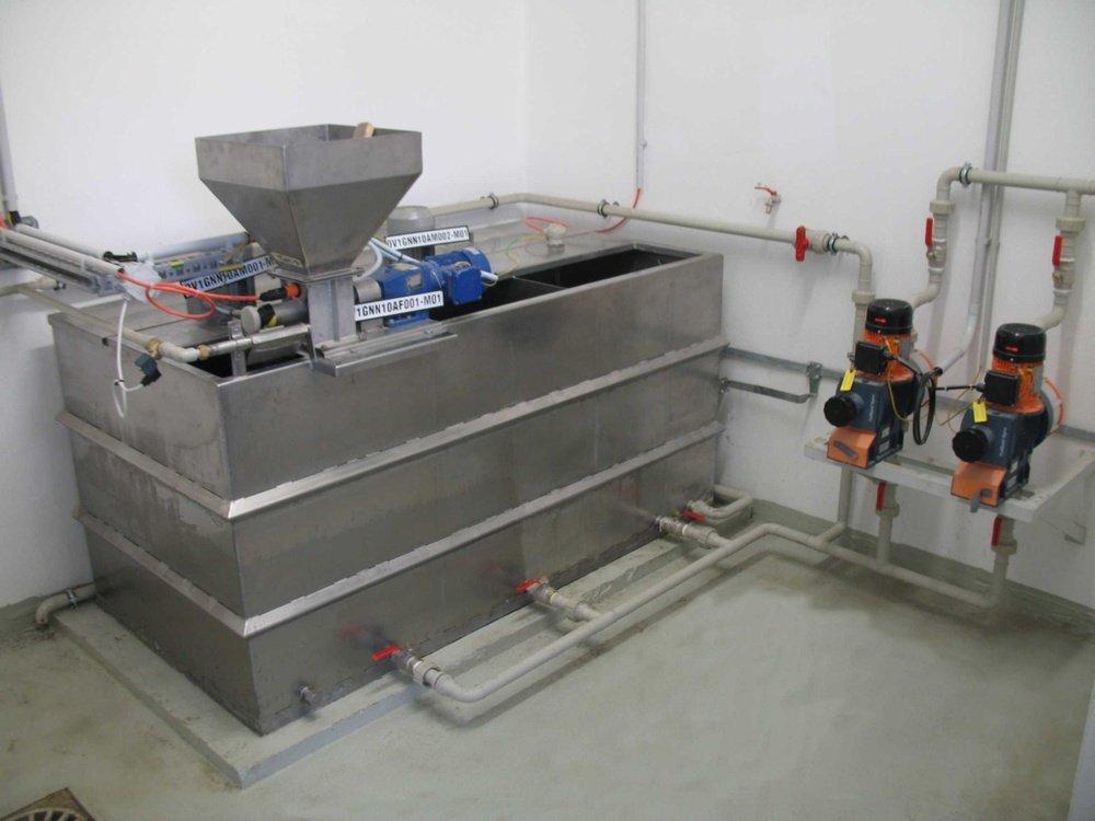Station for prepairing flocculants with dispenser<br />